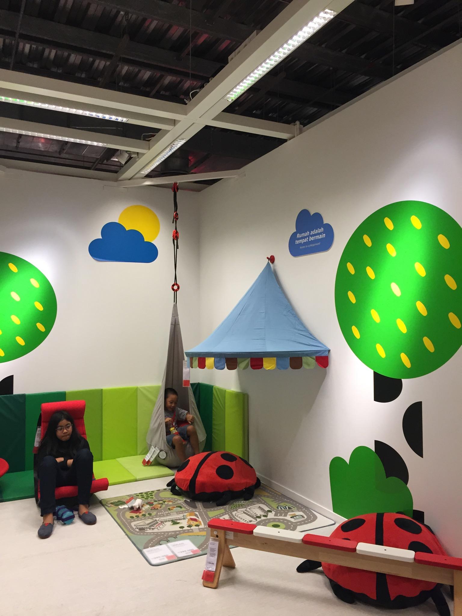 Jalan Jalan Singkat ke Ikea Alam Sutera – Christa Bercerita