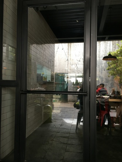 Brunch at Two Hands Full