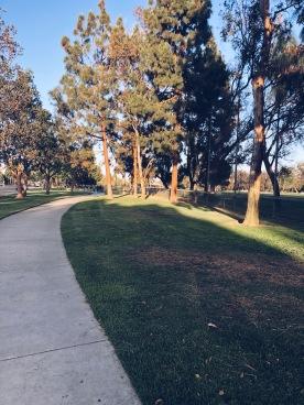 Jalan santai di taman