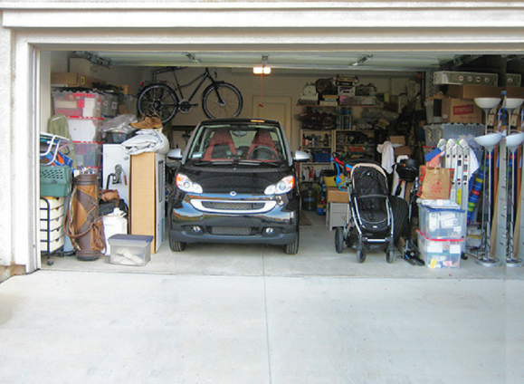 Messy-Garage-to-Cleanup